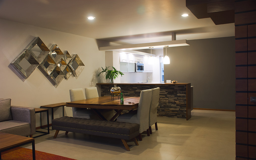 TOWNHOME 8