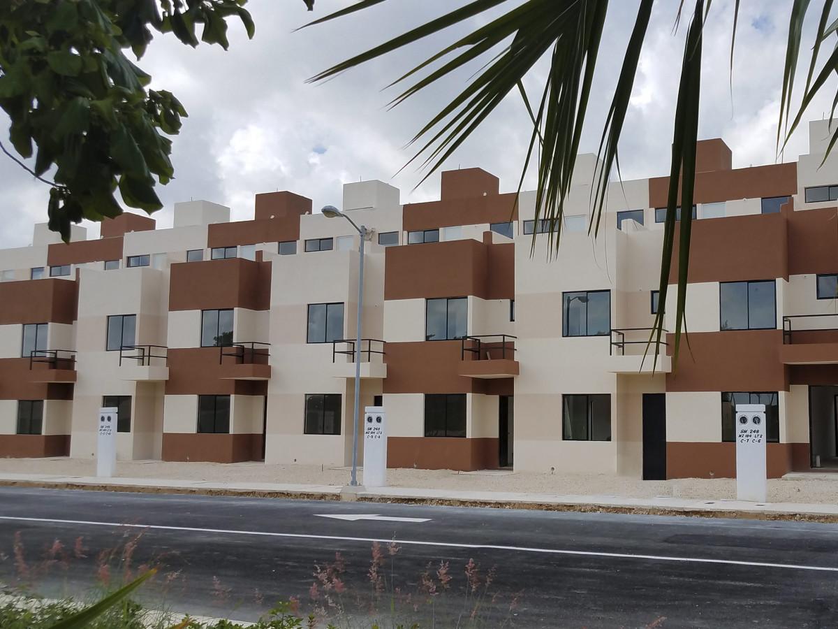 Las Fuentes Residencial 13