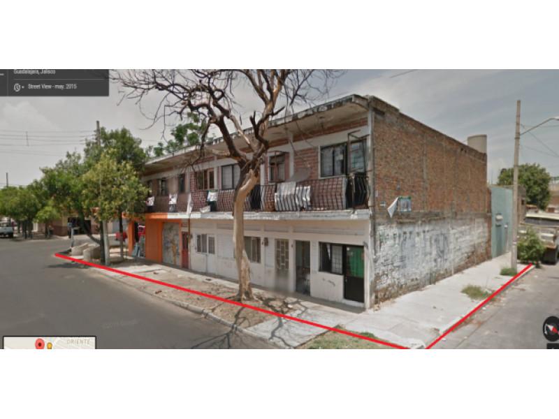 casa con 4 locales y 3 departamentos en esquina, casa de banco ya adjudicada y escriturada, NO CREDITOS SOLO CONTADO, pague directo al banco, 1
