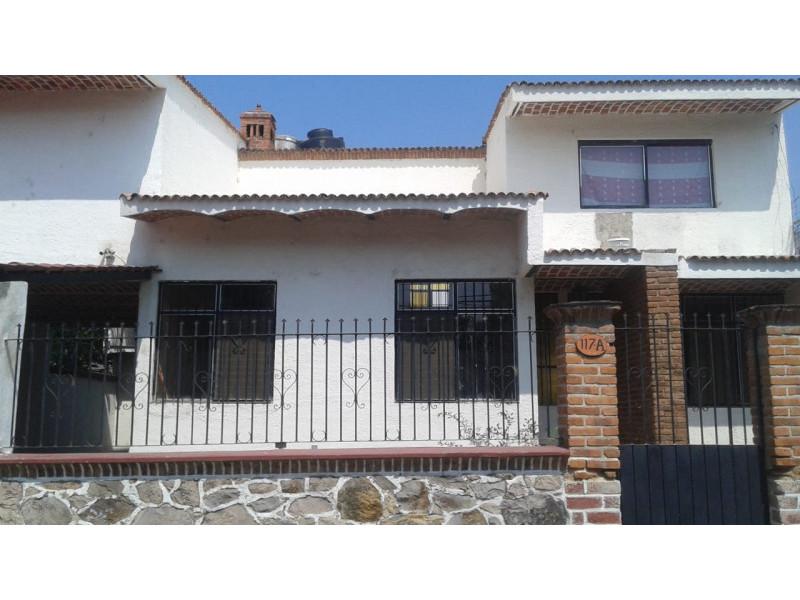 Casa En Venta En Colon 117 San Antonio Tlayacapan Chapala