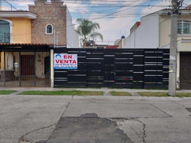 Salon En De Paseos Del Sol Zapopan Jalisco Casas Y Terrenos