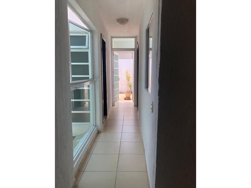 Casa Duplex en Venta en la Guadalupana, ambos niveles, 1 lugar de estacionamiento, Planta Baja cuenta con 3 recámara, sala, comedor y cocina, en planta alta cuenta con 2 recámaras con duela, cocina integral, sala y comedor. 11