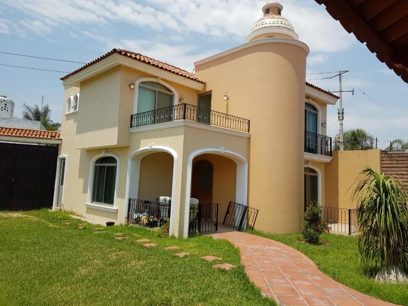 Casa En Venta En Bugambilias Valle De La Amistad