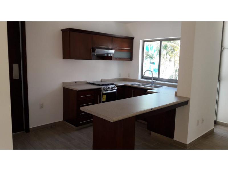 Preventa departamentos cerca del Imss, 99.6 m2 , 2 recamaras, sala, comedor, cocina, 2 baños, estacionamiento 2