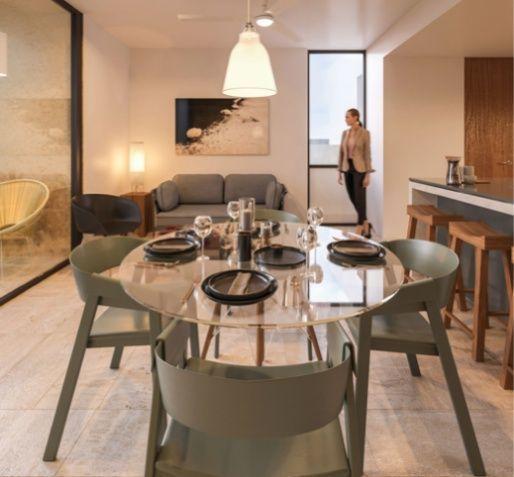MLS-DCA215  Condo de 2 Recamaras en Arbolada, Cancun  40 Condos Ubicados en la nueva fase de Arbolada Residencial, donde se vive y se disfruta la verdadera naturaleza de Cancún.  Combina lo increible de la naturaleza con lo emocionante del diseño.  - Equipados con todo lo que se necesita para las comodidades de la vida diaria. - Acabados de lujo, con espacios 100% funcionales. - Sala / comedor con cocina integral. - Cubiertas de mármol y granito en baños y cocina. - Carpintería de diseño. - Dos recamaras y dos baños completos. - Diseño de iluminación a base de LEDs  Amenidades  - 50% Áreas verdes. - Alberca con calentadores solares. - Acceso controlado. - Circuito cerrado de vigilancia. - Vigilancia las 24 hrs. - Wi Fi en áreas comunes. - BBQ y Bar Área.   Disponibilidad:  2 Recamaras 2 Baños Balcon 70 m2 Precio: $ 2'055,391 MXN ( $ 108,200 USD).  El precio puede cambiar de acuerdo a la disponibilidad, demanda y al avance de la obra, contactanos para confirmar el precio actual. EasyBroker ID: EB-EH4743 1