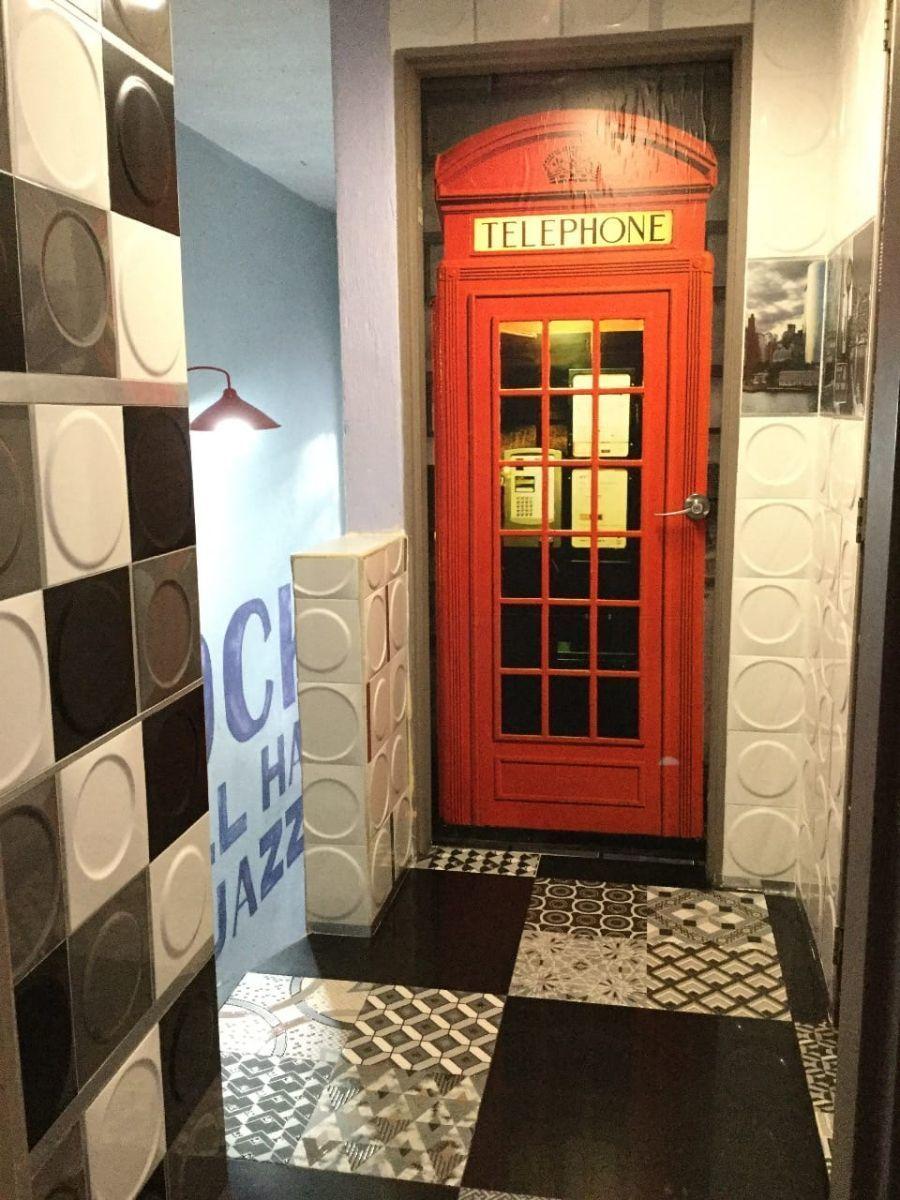 Casa de 2 niveles en venta dentro de coto, en esquina  La propiedad cuenta con: -3 recámaras -2 baños completos -sala -comedor -cocina integral -pequeño jardín -cochera  Coto con portón eléctrico. EasyBroker ID: EB-EB8970 17