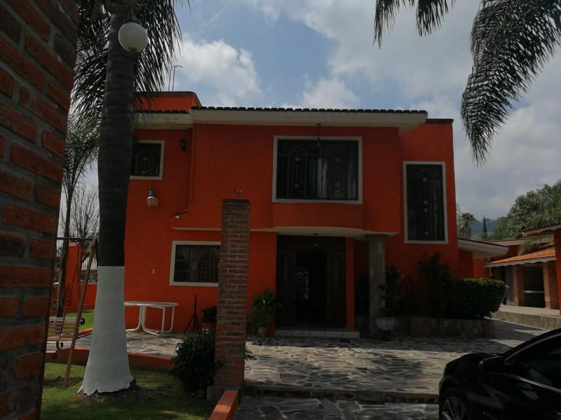 Casa En Venta En Av Del Aguila 124 Balcones De La Calera