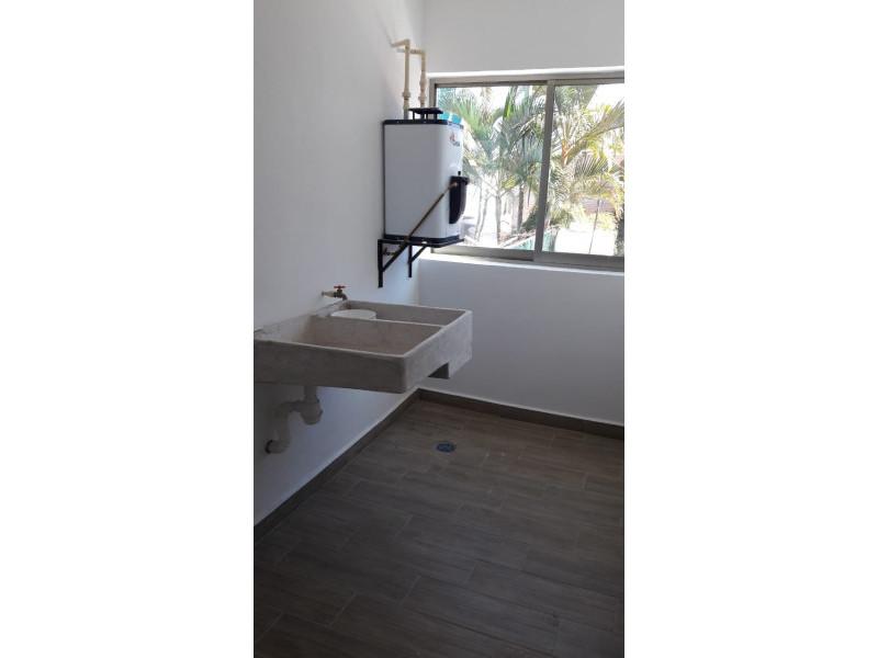 Preventa departamentos cerca del Imss, 99.6 m2 , 2 recamaras, sala, comedor, cocina, 2 baños, estacionamiento 3