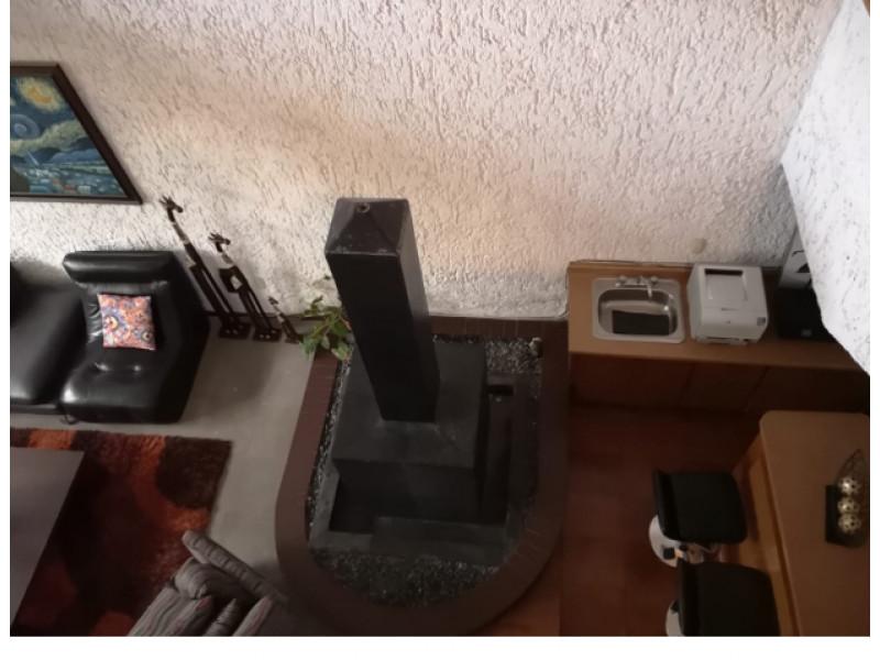 casa en bosques de la victoria, amplia casa con cochera con  portón  eléctrico para 6  autos , interfono, sala a doble altura comedor, bar,  terraza,  jardin  , patio , cocina integral con  ante comedor,  cuarto  de servicio.  4