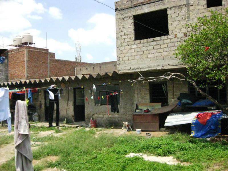 Casa en obra Negra  Habitaciones 3 Baños 2 cochera 3 autos   CORDOBA JUAN DE DIOS 32 , COL AVLETIN GOMEZ FARIAS, GUADALAJARA 4