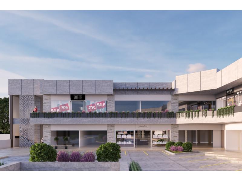 Plaza comercial en construccion, entrega Abril del 2018, estilo modernista, con 2 niveles de estacionamiento y 22 locales comerciales en renta, reestriccion unicamente en giros de restaurante y no se permiten giros repetidos.                                                                                                                   4
