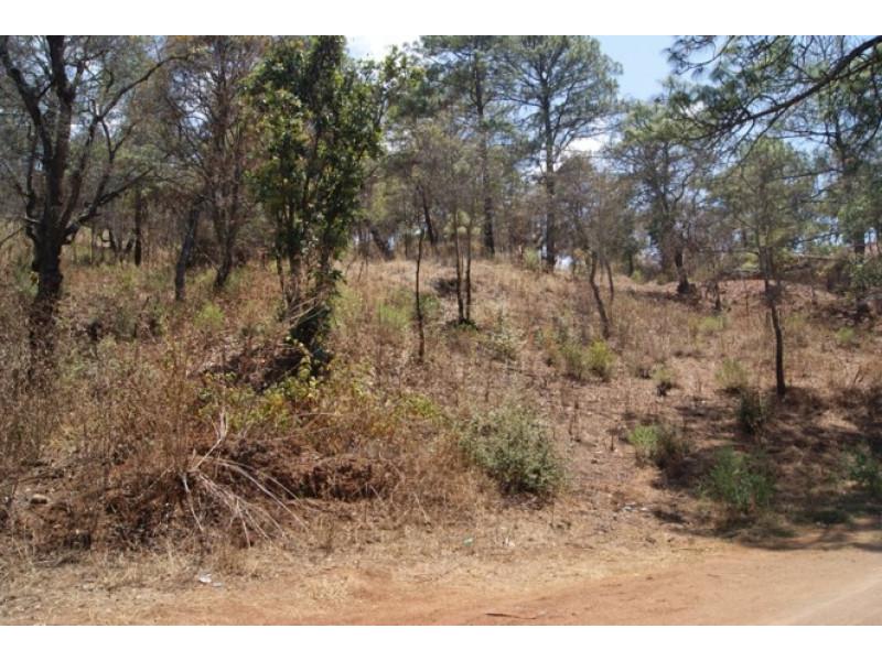 El terreno es irregular, abriendo por la parte posterior a 182 mts Cuenta con subdivision en 15 terrenos de 500 a 650 mts cada uno 6