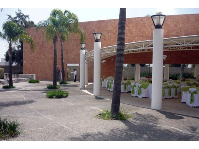 Terreno en Sendero las Moras, Excelente ubicación, condominio con gran plusvalía con vigilancia las 24 hrs.  Excelente inversión   6