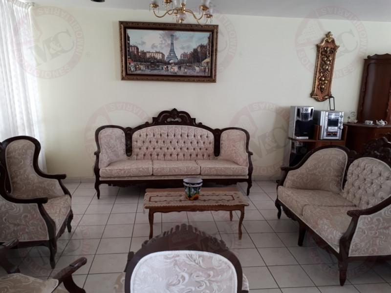 Casa en venta en Fray,Junipero,Serra 206, Villa jardin ii ...