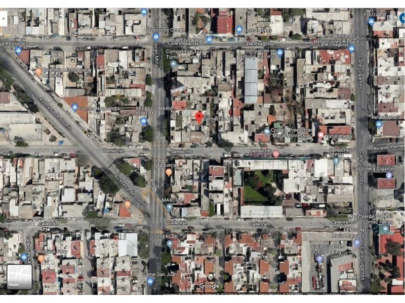 Casa Venta En Agustín Yañez. Casa en venta en la Col. Agustín Yañez, muy bien ubicada a 3 cuadras de la Estación San Jacinto del tren ligero, y a 3 cuadras de la Estación Aurora. Templo a dos cuadras, Escuela a dos cuadras, Mercado del Campesino a 3 cuadras. COS* 0.77 COS Permitido 0.80 CUS* 0.91 CUS Permitido 6.40 4
