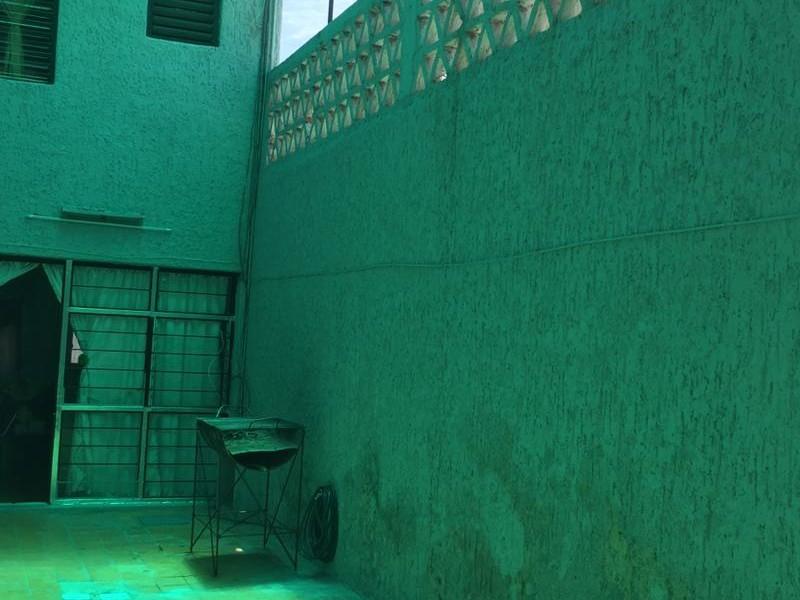Amplia casa con 6 recámaras, 2 baños, gran terraza, libre de gravámenes. 11
