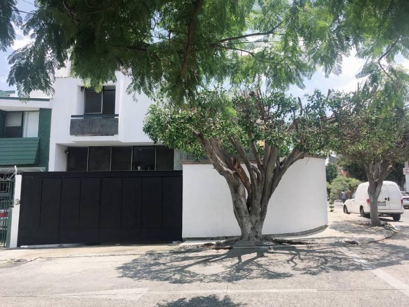 Casa En Venta En Mesones 2070 Jardines Del Country