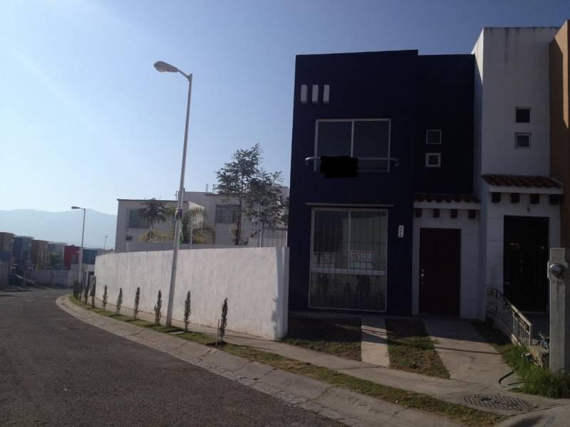 Casa En Venta En Banus Residencial Santa Cruz De Las Flores