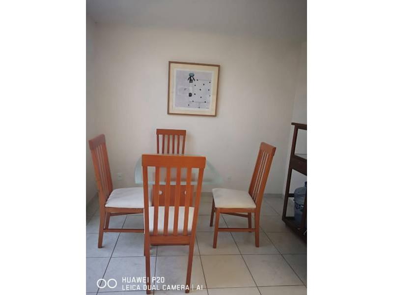 casa de dos recamaras,  sala y comedor,  cocina integral, con  mosquiteros, un  baño  con  cristal,  área de lavado  techada. protección en  escalera   6