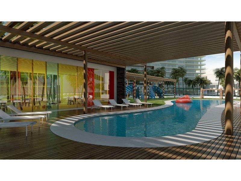 MLS-DCA202  Departamento de lujo en Puerto Cancun  Ubicado en Puerto Cancun, residencial frente al mar con marina y campo de golf. Cuenta con amenidades y servicios para toda la familia.Localizado a la entrada de la zona hotelera y la zona residencial de Cancun.  Complejo residencial de lujo con arquitectura única y vanguardista con maravillosas vistas al mar campo de golf y la marina.  Proyecto ecoamigafble, con mas de 400m2 de celdas solares, areas verdes, eficaz en el uso e materiales de construcción, sistema de captación de aguas, iluminación inteligente, y sistema de enfriamiento pasivo a través de sus terrazas.  La seguridad en este complejo es lo mas importante. es por eso que cuenta con los siguientes sistemas de ultima generación: CCTV en todas areas comunes y accesos, interfon con video, controles de acceso electrónicos para visitantes, control de acceso para personal de mantenimiento, sistema estructural de prevención de sismos e incendios.  Sistema E-concierge donde se pueden solicitar los siguientes servicios: Reservación para salon de eventos, cine, spa, media room, business center, etc. Reporte de mantenimiento y mejoras. Pronostico del tiempo Elite.  Area de fitness: Cuenta con todas las instalaciones como alberca, spa con masajes, tinas de hidromasaje, amoratareis, estética, running track, gimnasio, vestidores amplios y cómodos, guardería, terrazas, snack bar, aire acondicionado, area de peso libre, cardiovascular, estiramiento, cycle, clases grupales,   Amenidades: Albercas Media Room Business Center Cafetería Salón de Adultos Salón de Jóvenes Gimnasio Biblioteca Spa Palapas Carril de Nado Cancha de Tenis Jogging Track Snack Bar Biblioteca Muelle Arenero infantil Juegos infantiles en el exterior Ludoteca Amueblada Chapoteadero Wifi en todas las areas recreativas  Amenidades de Puerto Cancun: Club de playa con alberca y servicio de bar y restaurantes, cancha de voleibol gimnasio al aire libre y vestidores. Marina con mas de 175 posiciones de atraque