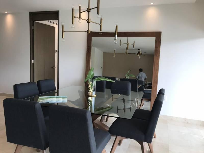 MLS-DCA208  Condominio de lujo en venta en Puerto Cancun  Desarrollo moderno y sofisticado,2 torres con 46 departamentos pensado para poder disfrutar experiencias al aire libre  sin renunciar a la privacidad y comodidad de tu espacio.  Ubicacion estratégica, Puerto Cancun se encuentra en la entrada de la Zona Hotelera y el centro de Cancun.   Ventanas de piso a techo con vistas panorámicas hacia el canal y campo de golf.  Amplias terrazas   Detailes del proyecto:  Amplios jardines Acabados de lujo Maxima privacidad y tranquilidad Amplios estacionamientos para residentes y visitas Servicio de meseros durante los fines de semana Areas de almacenamiento 12 elevadores para 46 departamentos Servicio de concierge 24 hrs Estancia para personal de servicio con lockers Interiorismo de autor  Elegantes cocinas   Amenidades:  Area social con alberca de adultos y niños Area de juegos para niños Seniors lounge con mesas de billar Kids club Business center con sala de juntas Salon de eventos Gimnasio equipado Spa especializado para hombres y mujeres Servicio en la alberca Terraza con area de asadores Lobby  Club de golf y marina con embarcacion exclusiva para los residentes, tablas de padel , motos acuáticas y kayaks. Acceso a campo de golf de 18 hoyos Carritos de golf exclusivos para residentes   Ademas como propietario de Puerto Cancun tienes acceso a las siguientes amenidades: Canales marítimos Mar Club de playa Marina Campo de golf Plaza comercial Escuela de deportes acuáticos   Tipos de propiedad:  3 Recamaras 3.5 Baños 206m2 Precio: $ 9'999,000 (540,490 USD)  3 Recamaras 3.5 Baños 316 m2  Precio: $ 15'322,000 (828,300 USD)  Penthouse 4 Recamaras   4.5 Baños 403 m2  Precio: $ 19'675,000 (1'063,500 USD)  Garden 4 Recamaras   4.5 Baños 490 m2  Precio: $ 20'446,000 (1'105,000 USD)  El precio puede cambiar de acuerdo a la disponibilidad, demanda y al avance de la obra, contactanos para confirmar el precio actual.  #selvacorealty #newlisting #luxuryrealestate #rivieramaya #reales