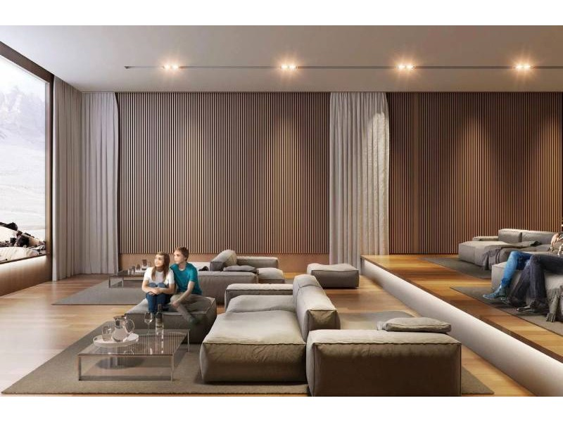 MLS-DCA210-2  Condominio con 4 recamaras de lujo frente a la playa, ubicado en la zona mas exclusiva de Cancun.  Lujosa torre residencial al interior de la exclusiva comunidad de Novo Cancún, que ofrece irrepetibles vistas panorámicas y amenidades de clase mundial. Un amplio muestrario de lo mejor del diseño europeo creado por el internacionalmente reconocido Meyer Davis Studio.  Las modernas cocinas de los departamentos han sido diseñadas con gabinetes europeos de primera calidad, mostradores de piedra importada y un equipamiento completo de elegantes electrodomésticos de acero inoxidable.  Amplios baños, cancelaría de cristal, innovadora iluminación, acabados y accesorios de exquisito diseño crean un perfecto santuario para vivir.  Los propietarios de departamentos pueden optar por una membresía exclusiva que les permite pasear en nuestro yate Azimut 43' con tripulación. Su elegante línea italiana, sus cómodos espacios interiores y su potente ingeniería te permitirán sentir la caricia de la brisa marina en el rostro durante tus travesías por el Caribe, Riviera Maya y Key West.  Tu día comienza con una deslumbrante vista de la marina desde el área de la alberca o desde las cabañas con jacuzzi, donde se ofrece el servicio de toallas.  El spa y el gimnasio cuentan con todo lo necesario para realizar cualquier rutina de descanso y entrenamiento  También puedes organizar una reunión informal en el Salón Club Lounge y disfrutar nuestro avanzado sistema de entretenimiento y de una cocina completamente equipada. Los residentes más jóvenes tienen su propio Salón de Juegos Infantiles para divertirse en familia o con sus amigos.   • Housekeeping  • Compra de provisiones antes de su llegada  • Room Service  • Lavado y tintorería  • Servicios de niñera  • Limpieza de calzado  • Transporte  • Alberca con canal de nado  • Club de Playa privado  • Gimnasio  • Restaurante  • Cancha de tenis  • Cancha de paddle tenis  • Spa  • Club Room Lounge  En el Club de Playa, las arenas dorad