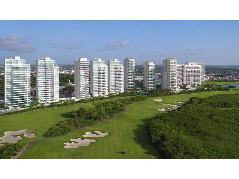 MLS-DCA203  Excelente oportunidad de inversion, Condo a la venta en Cancun  Departamento de lujo ubicado dentro de Puerto Cancun, un residencial privado cerca de las zonas mas exclusivas de Cancun. Este desarrollo cuenta con acabados que destacan la exclusividad y confort. Sus amplias terrazas te permiten disfrutar de un hermoso paisaje y de una convivencia al aire libre.  Cuenta con amplios jardines, un lobby y gimnasio. Fuera de la torre, se encuentra una piscina de nado y una alberca recreativa, un asoleadero, baños y áreas de convivencia donde el verde predomina con su bella vista al campo de golf. Este departamento te frece extraordinarias amenidades con espacios amplios en un ambiente agradable donde encontrarás sin duda, tranquilidad y confort.  amenidades   • Seguridad 24/7  • Lobby  • Cuarto de juegos  • Alberca de nado y recreativa  • Asoleadero  • Grandes jardines  • Spa y sauna  • Gym  • Cancha de Paddle Tennis  • Cancha de fútbol y basquetbol  • Business center  • Kids club  • Salón de usos múltiples  • Bodega  • Estacionamiento  • subterráneo y de visita  2 recamaras 2 baños 158 m2 $ 6,901,000 MXN ($ 363,211 USD)  3 PENTHOUSE recamaras 3 y un medio baño 313 m2 $ 12,844,000 MXN ($ 676,000 USD)  El precio puede cambiar de acuerdo a la disponibilidad, demanda y al avance de la obra, contactanos para confirmar el precio actual.   #iowncancun #cancunrealstate #cancuncondos  #puertocancun #cancuncondominiums #cancunbroker #cancunlisting #cancunrealty #cancun #cancunlifestyle #Luxurycancun  17