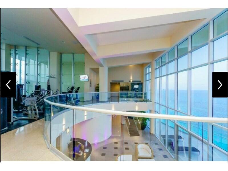 MLS-BRCA205  Condominio de lujo en esquina a la venta en Lahia Cancun  Hermosa residencia de lujo frente al mar en Lahia Spa Residences con vistas panorámicas del Caribe y la Laguna. Ubicado en la Zona Hotelera de Cancún a solo 12 minutos del aeropuerto, cerca de restaurantes y tiendas, pero lejos del ruido de la zona de antros.  Todas las recamaras tienen balcón von vista al mar o la laguna.  Ventanas de piso a techo lo que permite entrada de luz natural.  Elevador con acceso directo al condominio.  140 metros de frente de playa, con area de palapas y camastros.  Recamara principal con acceso a terraza con vista al mar.  Detalles de la propiedad: Sala Comedor Sala de tv Cocina integral de madera con cubierta de granito  Terraza con jacuzzi frente al mar Cuarto de lavado  Amenidades: cancha de tenis  alberca infinity gimnasio de dos pisos con vista al mar spa con jacuzzi y areas privadas de masaje area de juegos infantiles  Area para adolescentes seguridad con acceso controlados  elevadores  Snack bar Restaurante Centro de negocios Playa privada con mobiliario y palapas  3 Recamaras 3 Bańos completos Superficie: 292 m2  Precio: 1'600,000 USD  (30'400,000 PESOS)  Si quieres conocer esta y otras propiedades en la zona hotelera de Cancun, comunícate con nosotros y con gusto te asesoramos. 27