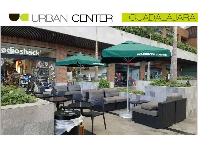 El mejor desarrollo comercial al sur de Guadalajara le ofrece a tu marca exclusivos espacios. Urban Center es un centro comercial que alberga cincuenta locales comerciales, cuenta con estacionamiento descubierto y en sótano, ademas importantes marcas como: Office Max, Petco, Toks, Fresko, Cinepolis, Telcel, Sonora Grill, Starbucks,Chuck E Cheese, Juguetibici, Liberías Gonvill, Nutrisa, por mencionar algunas. Urban Center recibe en promedio 100 mil autos mensuales y también alberga un complejo de oficinas que pudieran ser clientes cautivos para tu marca. 7
