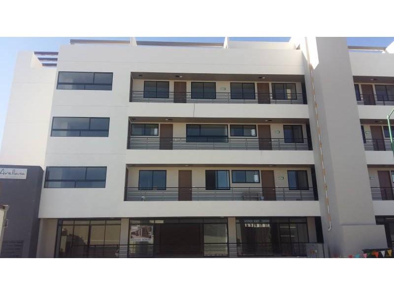 Desarrollos Zuhaus =333 485 36 52= Local amplio con 2 baños en el Edificio Uria en zona de gran cantidad de viviendas residencial media a 5 minutos de periferico y Lopes Mateos. exelente inversiòn.  13