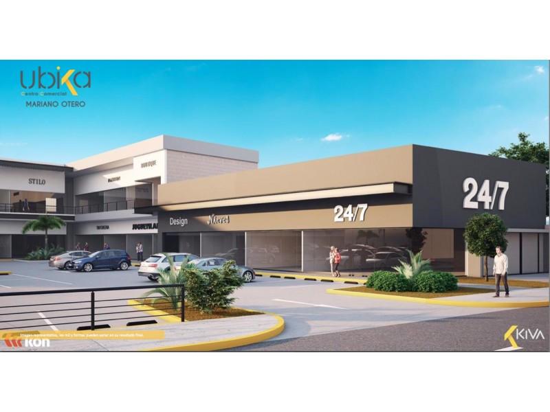 Local Comercial en Venta en Mariano Otero, Zapopan Invierte en Plaza Mariano Otero, ubicación privilegiada, regreso a casa, sobre una de las principales vialidades de la ciudad, con alto tráfico vehicular, en una zona consolidada, precio promedio vivienda 2 mdp., más de 62,000 habitantes. Plaza comercial de servicios de con 29 locales comerciales en 2 niveles y 73 cajones de estacionamiento. Nuevo modelo de inversión. Pool de Rentas por medio de Fideicomiso. Excelente inversión inmobiliaria donde puede ser dueño de un porcentaje del valor total del proyecto, por medio de una participación a través de Fideicomiso. El ingreso por rentas no depende de una unidad privativa y con esto disminuye riego. Forma de pago: 40% de enganche y 10 mensualidades a partir del inicio de obra (Junio 2020) Entrega Junio 2021 2