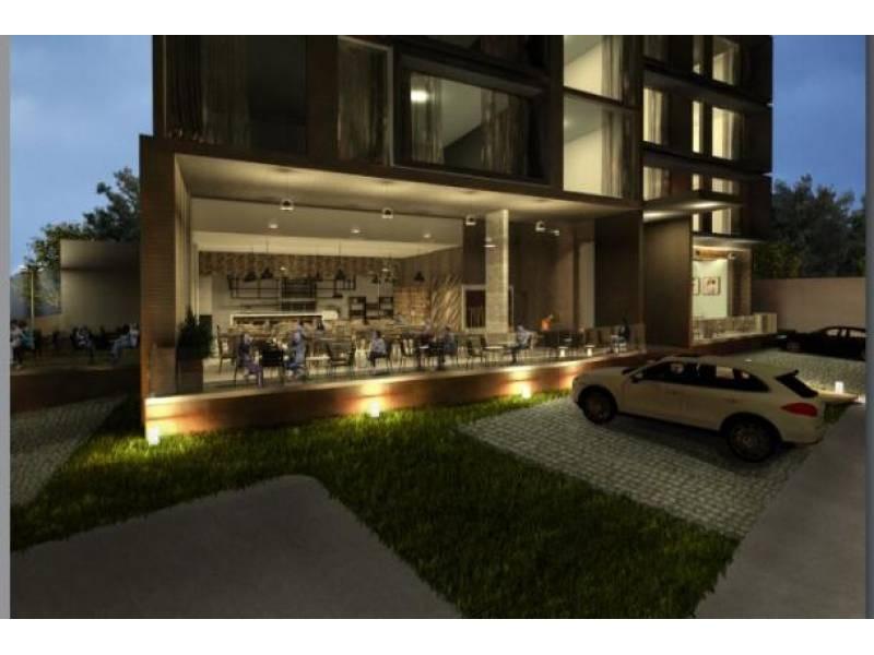 Los locales se encuentran en la planta baja de un complejo de 39 departamentos de primer nivel en una de las mejores zonas de Guadalajara.   Cada local con vista a terrazas exteriores, ciclo-puerto, terraza, áreas verdes. Así mismo los locales cuentan con 12 lugares de estacionamiento.   Características:  Local 1: Precio de Renta $96,000.  Oportunidad de Venta $11,629,000 más IVA. 33.35 mts de frente.  189.74 m2 techados más 142.35 m2 de terraza, área total: 332.09 m2. Altura 4.90 mts.  Local 2: Precio de Renta $46,000. Oportunidad de Venta $5,607,000 más IVA. 9.90 mts de frente.  115.20 m2 techados más 30.43 m2 de terraza, área total: 145.63 m2. Altura 4.90 mts.  Se entregan en obra gris con salidas hidráulicas - sanitarias y eléctricas. Muros de concreto celular y piso firme de concreto.    Se analizan propuestas de financiamiento directo y aceptamos créditos bancarios 2