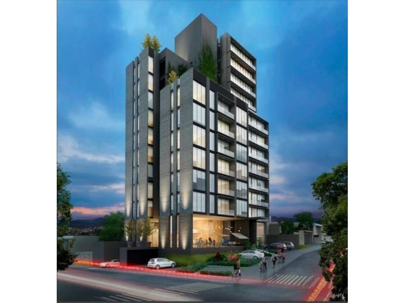 Los locales se encuentran en la planta baja de un complejo de 39 departamentos de primer nivel en una de las mejores zonas de Guadalajara.   Cada local con vista a terrazas exteriores, ciclo-puerto, terraza, áreas verdes. Así mismo los locales cuentan con 12 lugares de estacionamiento.   Características:  Local 1: Precio de Renta $96,000.  Oportunidad de Venta $11,629,000 más IVA. 33.35 mts de frente.  189.74 m2 techados más 142.35 m2 de terraza, área total: 332.09 m2. Altura 4.90 mts.  Local 2: Precio de Renta $46,000. Oportunidad de Venta $5,607,000 más IVA. 9.90 mts de frente.  115.20 m2 techados más 30.43 m2 de terraza, área total: 145.63 m2. Altura 4.90 mts.  Se entregan en obra gris con salidas hidráulicas - sanitarias y eléctricas. Muros de concreto celular y piso firme de concreto.    Se analizan propuestas de financiamiento directo y aceptamos créditos bancarios 1