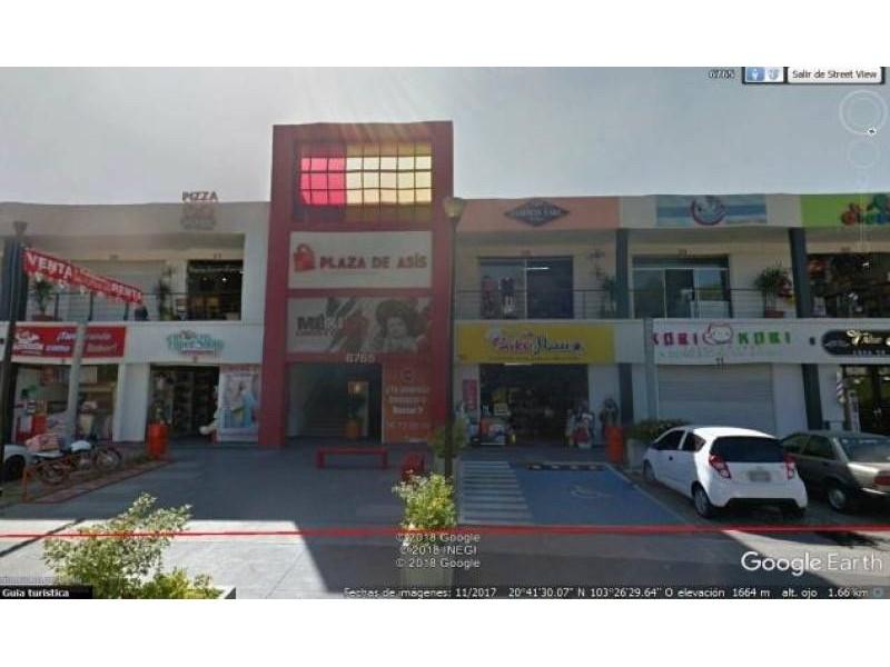 Plaza de Asís: Local Comercial #1 Dimensiones: 167.49m2 Inquilino: SI OXXO contrato a 15 años Primer año rentado (14 años restantes) Renta $29,700* más IVA *en el 2020 hay un incremento del INPC Mantenimiento: 50% inquilino + 50% arrendador 2